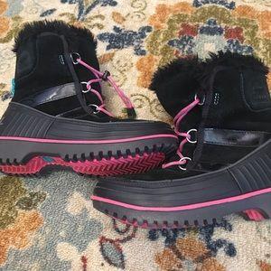 Children's Sorels Winter Boots size 5 pink/black